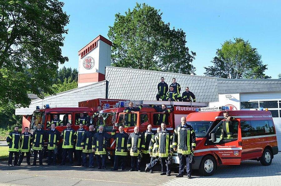 Feuerwehr_Gruppenfoto.jpeg
